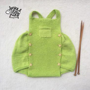 Ranita de algodón verde lima.